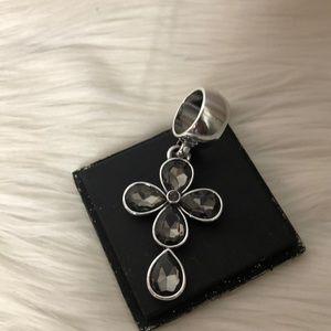 Unique Cross ring